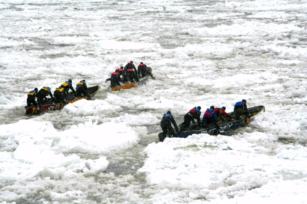 Ice rowing on the St. Lawrence River